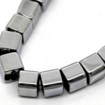 Hématite collier cube