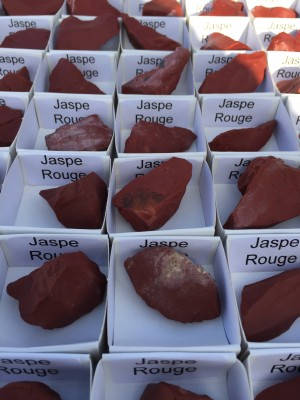 Coffret 54 pièces Disthène / Jaspe rouge / Amazonite